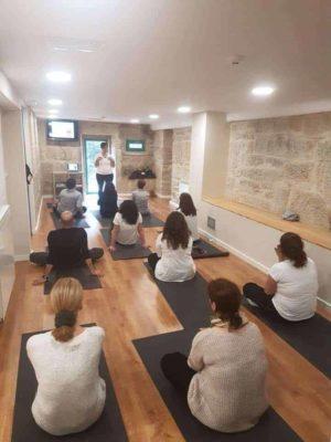 Sesión de Mindfulness en Saraiva Senior